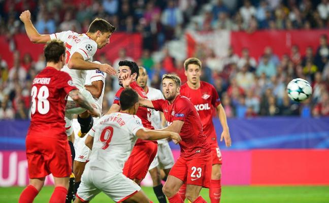 El Sevilla gana para seguir creyendo en los octavos
