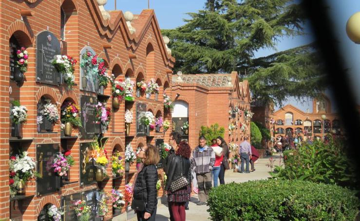 Los cementerios riojanos celebran Todos los Santos