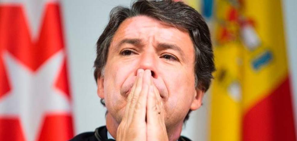 El juez acuerda excarcelar a Ignacio González si paga 400.000 euros