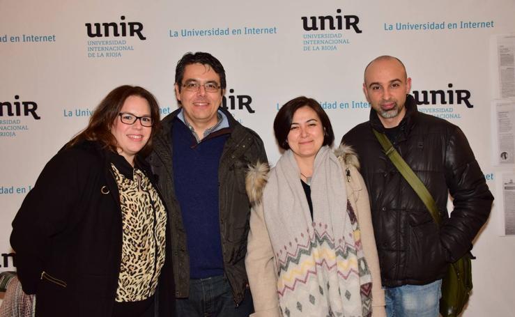 La UNIR invita a sus empleados al teatro