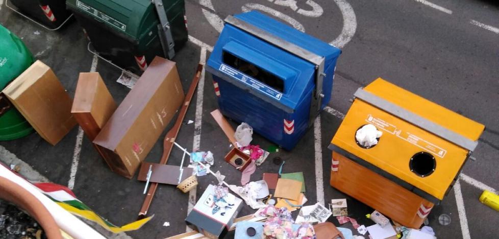 La Guindilla: más basura fuera que dentro