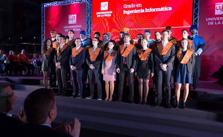 Graduación en la UR (II)