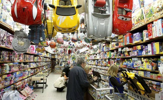 Los hogares españoles gastarán 633 euros en las compras navideñas, un 3% más