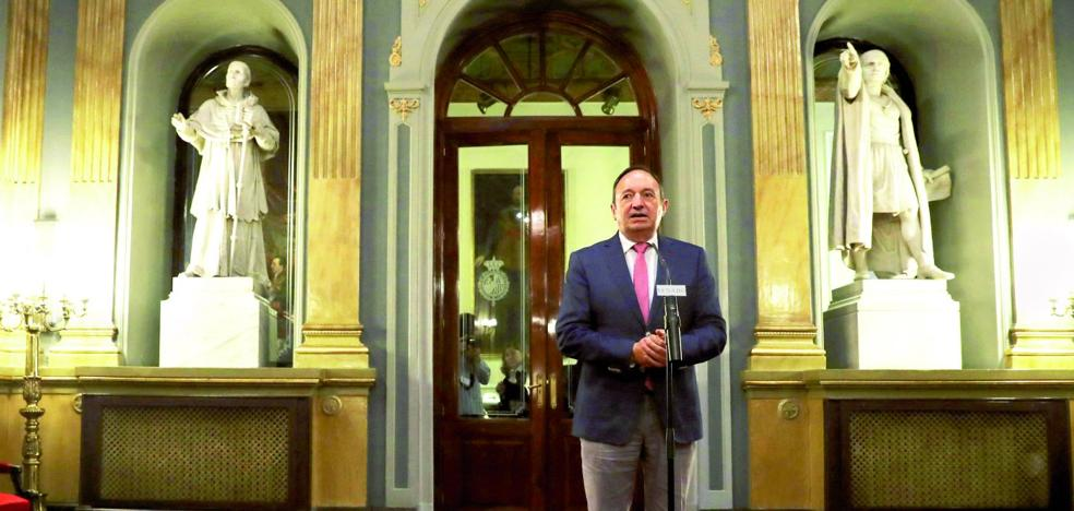 El TC tumba la ley valenciana que posibilitaba al Parlamento revocar al senador autonómico