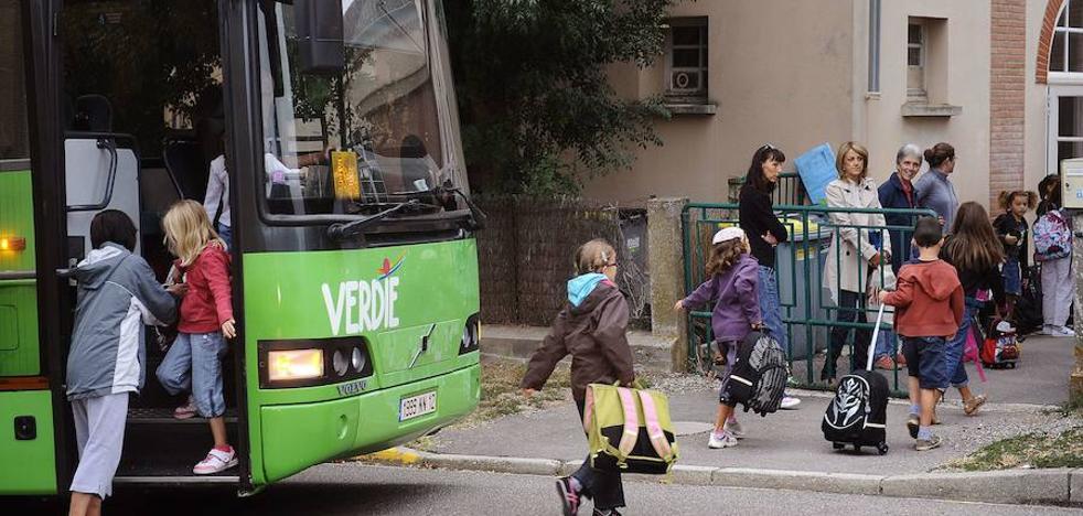 Cervera pide en pleno la gratuidad del transporte escolar