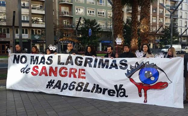 Pancarta de la Plataforma pro liberalización de la AP-68/PLAP-68