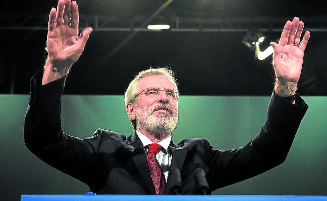 Gerry Adams dejará el Sinn Féin en 2018