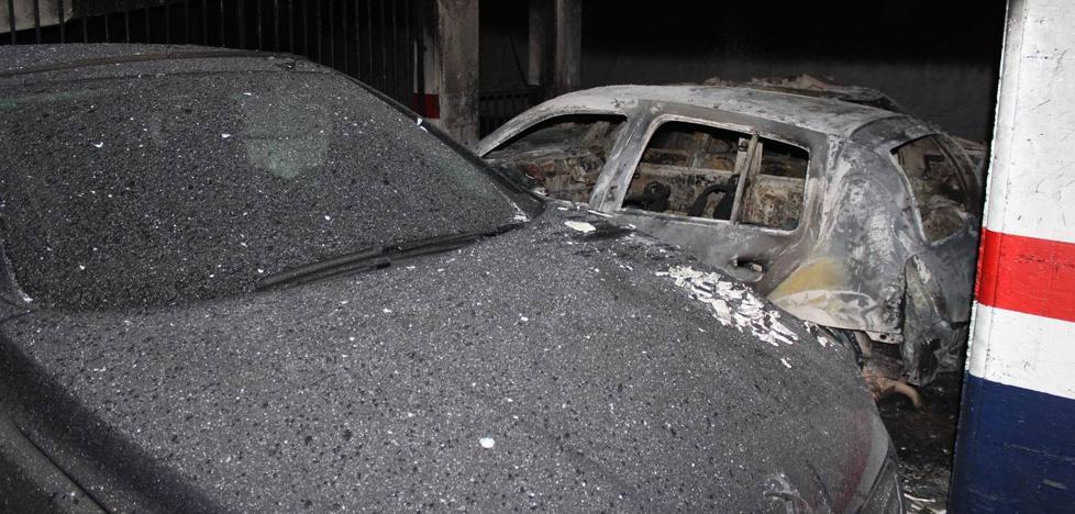Atienden a un bebé de 9 meses por inhalación de humo tras un incendio en un garaje comunitario de Calahorra