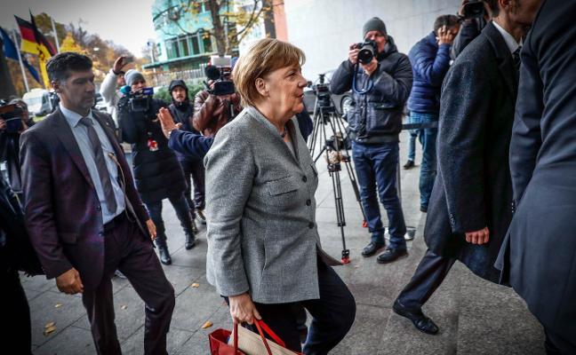Merkel se empeña en la 'coalición Jamaica'