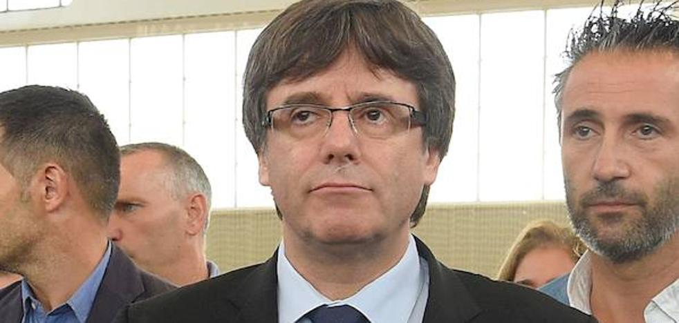 Diputados de JxSí dicen que fue Puigdemont quien dijo que el Gobierno amenazó con violencia