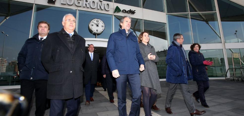 El ministro reitera que la vía riojana tendrá «una renovación completa»