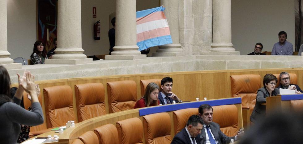 Luz verde a una proposición en defensa de los transexuales con la abstención del PP