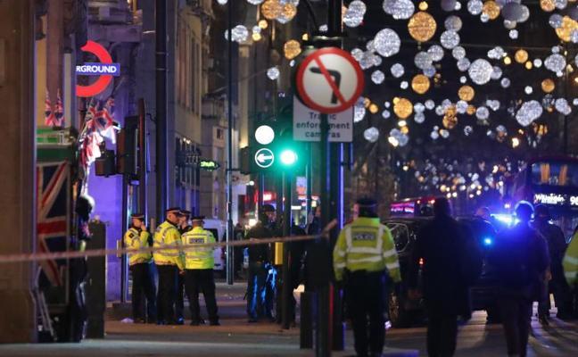Un altercado entre dos hombres pudo provocar el pánico en Oxford Circus