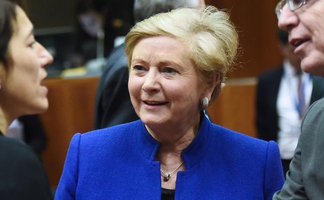 La dimisión de la vice primera ministra desactiva la crisis política irlandesa
