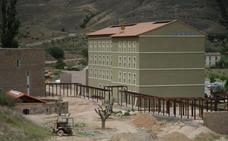 Cervera adjudicó ayer en el pleno dos obras en el balneario de La Albotea
