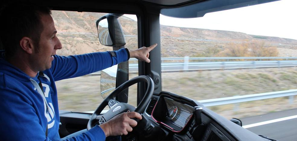 Un camionero por la AP-68: «Si sirve para que haya menos muertes, soy partidario»
