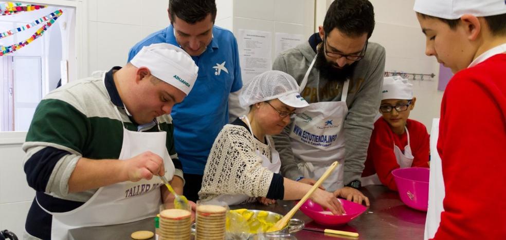 Apoyo a 2.230 riojanos de los voluntarios de 'la Caixa'