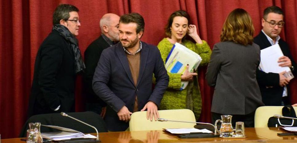 Gamarra garantiza que «seguirá trabajando» para flexibilizar la regla de gasto en beneficio de los logroñeses