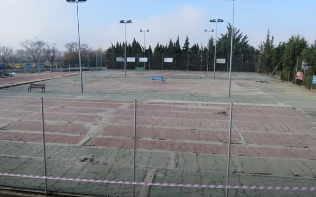 Alfaro gastará 94.000 euros en la reforma de las tres pistas de tenis del polideportivo