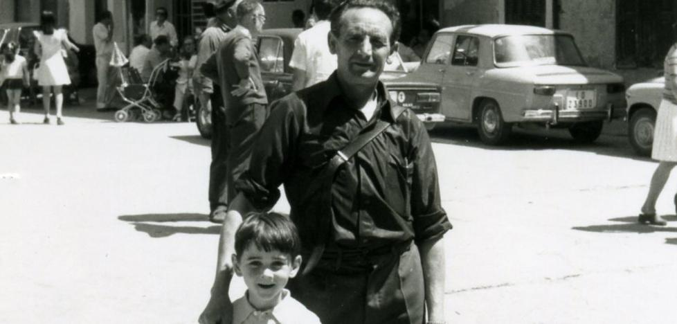 La Retina: posando en Ezcaray en el verano de 1970