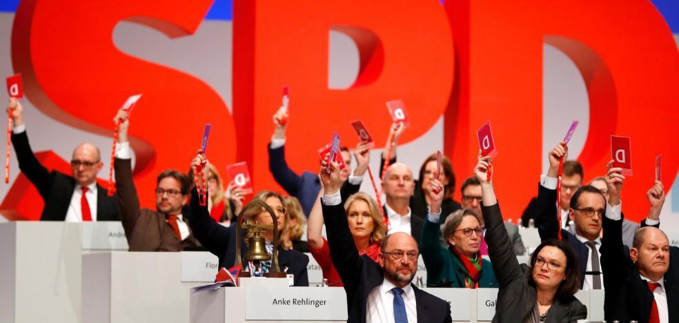 El congreso del SPD da el plácet para sondear la gran coalición