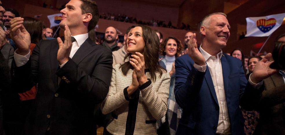 Ciudadanos aprieta en casa de Puigdemont