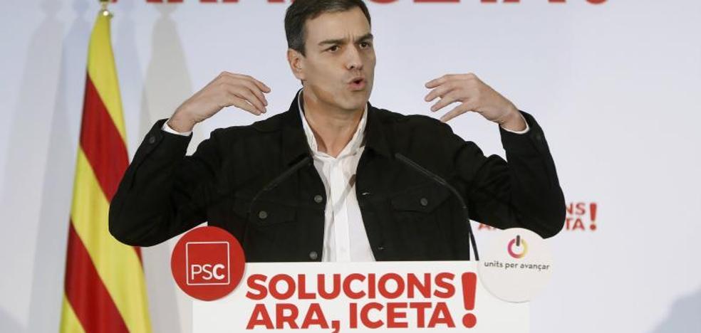 Pedro Sánchez confía en la «remontada» del PSC y cierra filas con Miquel Iceta
