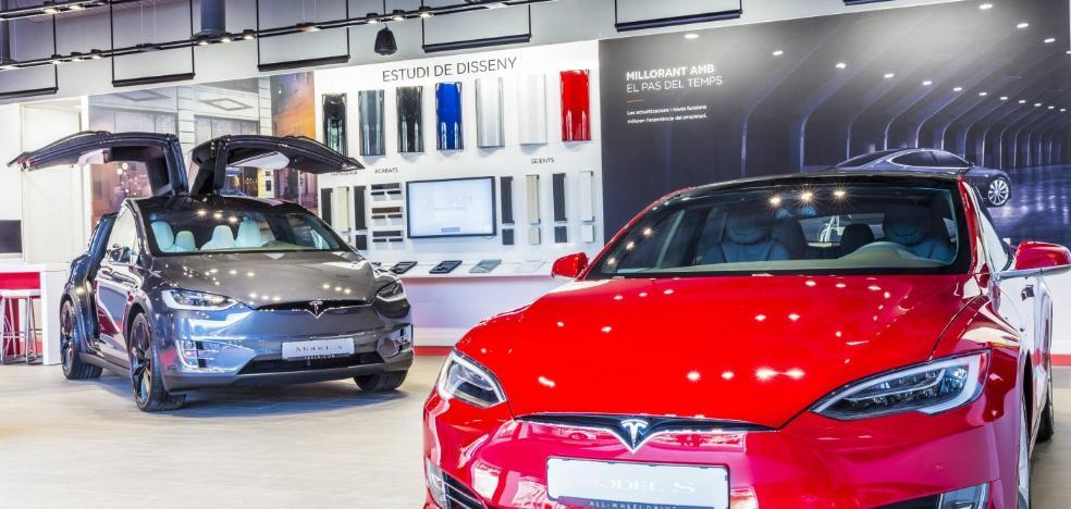 Tesla es el líder mundial eléctrico