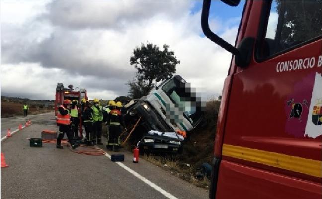 Tres jóvenes mueren en Cuenca en un accidente de tráfico