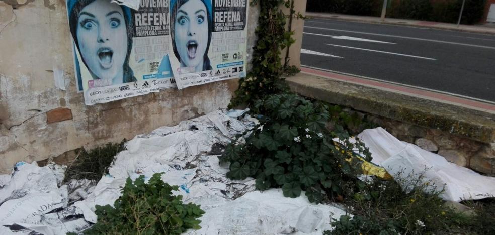 La Guindilla: arrancados y tirados en el suelo