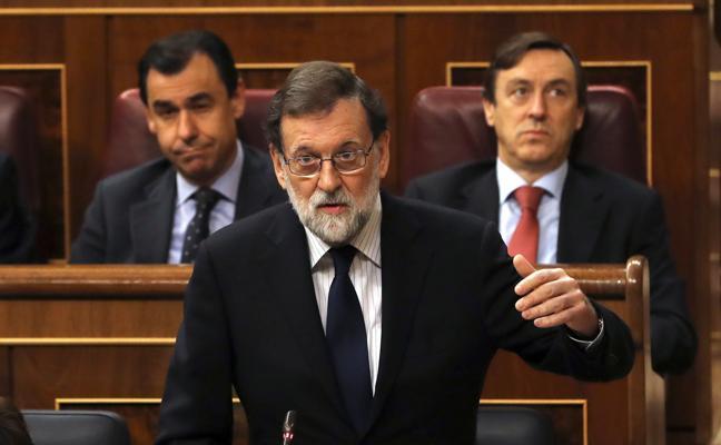 El 155 y la Constitución cierran el último control del año a Rajoy