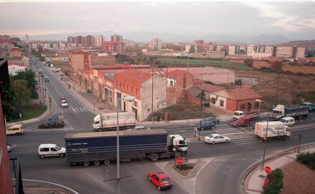 El PSOE lamenta que la pasarela de La Estrella es «la gran olvidada» del 2017