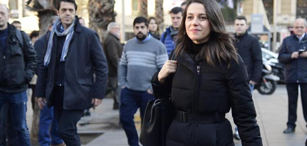 Arrimadas prevé que Iceta pactará con ERC «si le hace presidente»