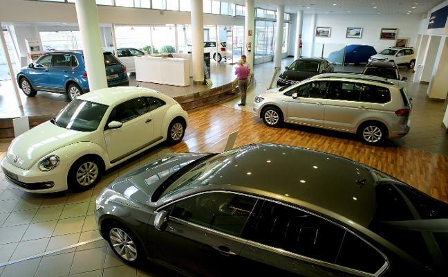 El negocio de la automoción supera los registros de la crisis sin ayudas al diésel y la gasolina