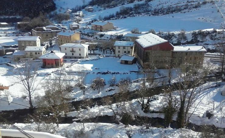 La nieve se queda en La Rioja