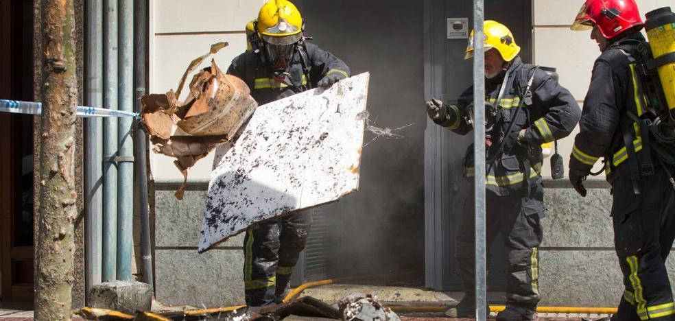 Los bomberos de Logroño consideran «insuficiente» la formación para los nuevos profesionales