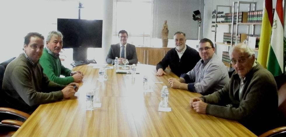 Cuatro ayuntamientos se adhieren al convenio de administración electrónica
