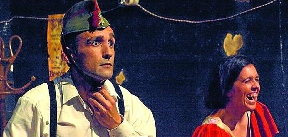 Tres Tristes Tigres representa hoy y mañana la obra '¡Ay, Carmela!'