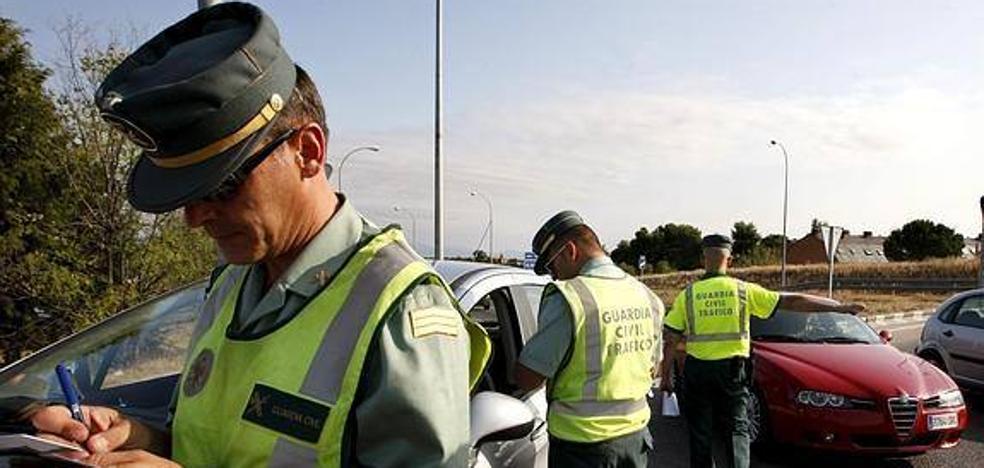 La Guardia Civil controla desde hoy condiciones de los vehículos