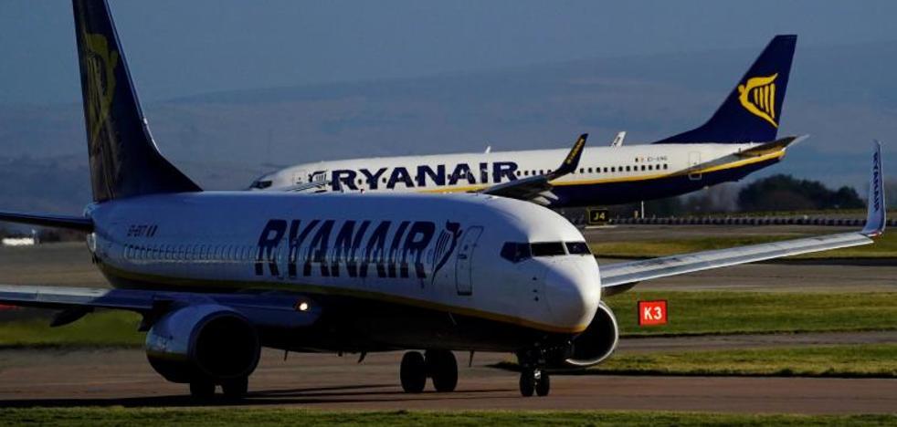 Ryanair cobrará un extra por el transporte a bordo de dos bultos