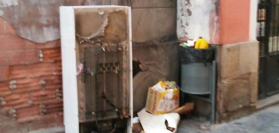 La Guindilla: acumulación de basura en Barriocepo