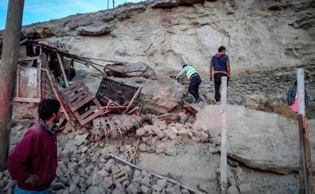 Un fallecido y 65 heridos en un terremo de magnitud 6,8 que sacudió el sur de Perú