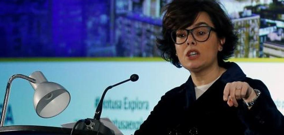 Santamaría afirma que la investidura telemática de Puigdemont es inasumible e ilegal