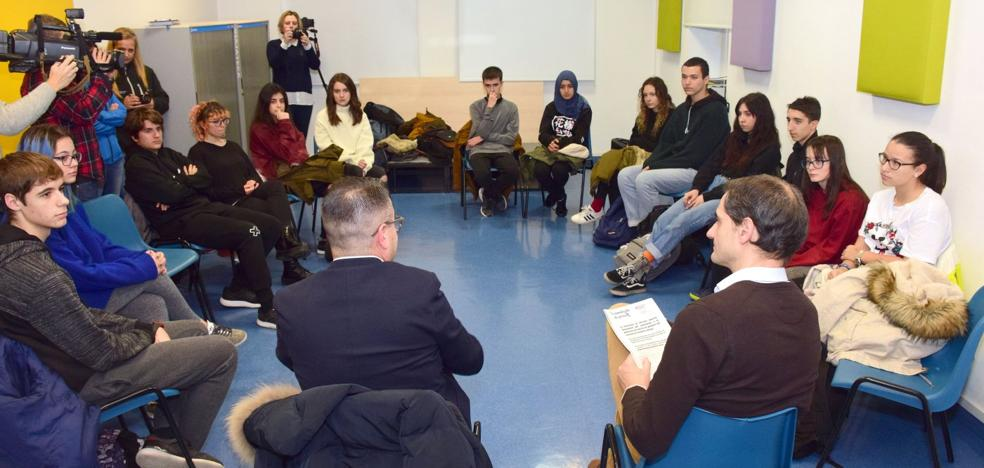 Campaña contra el alcohol y las drogas dirigida a los jóvenes