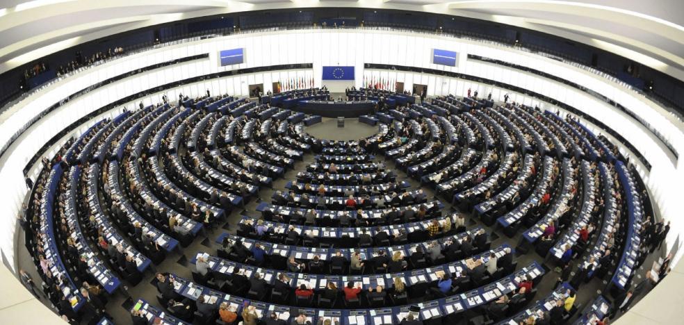 La UE declara la guerra a las 'fake news' al suponer «una amenaza para las democracias»