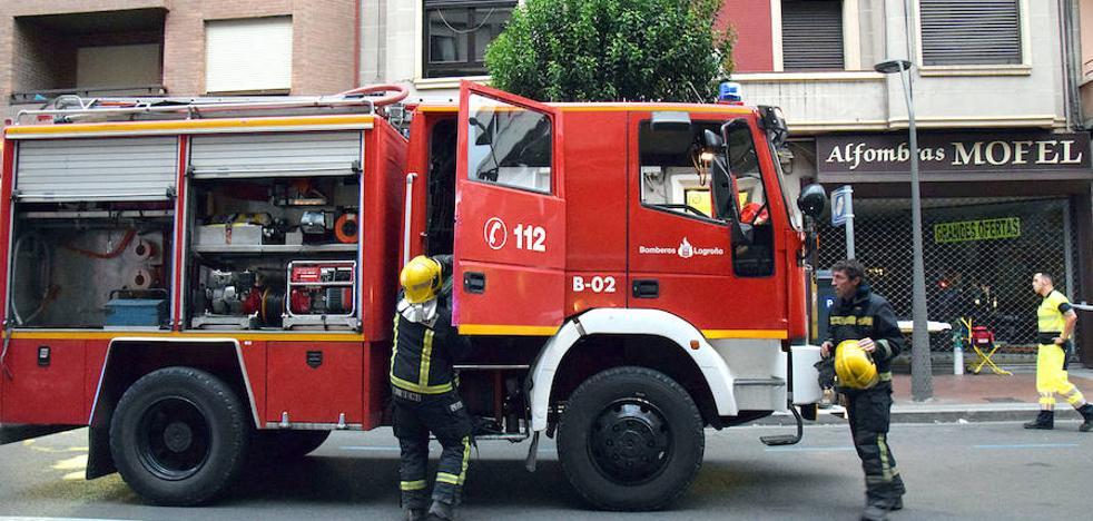 Cambia denuncia la «insuficiente» formación a los bomberos de Logroño