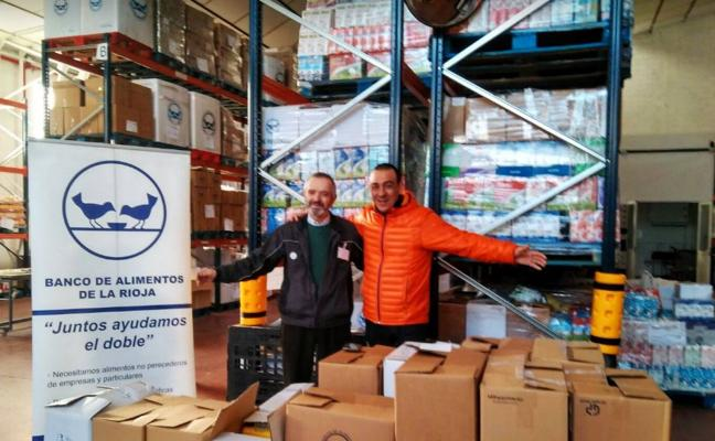 El bar 'El Dorado' entrega 378 kilos de alimentos al Banco de Alimentos de La Rioja