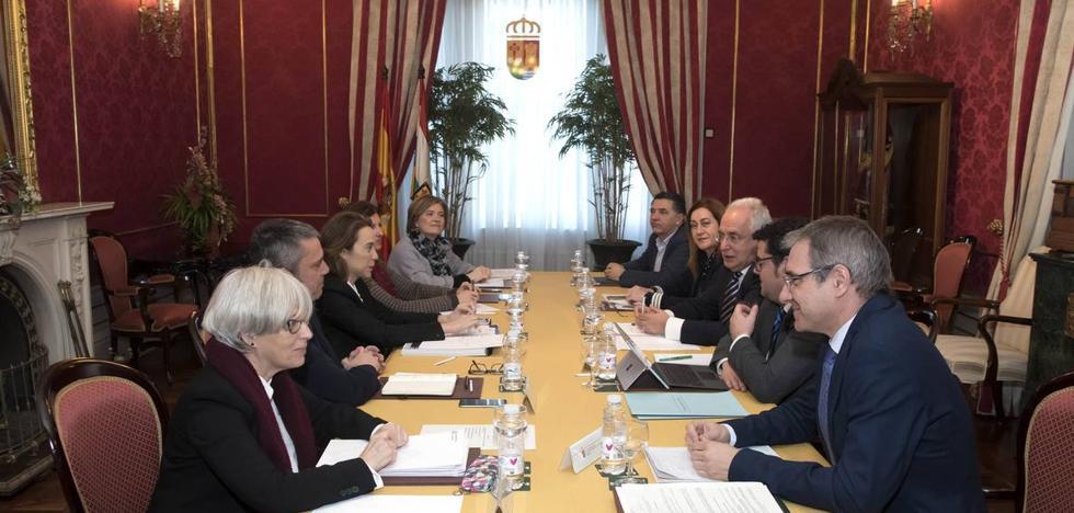 El PSOE, decepcionado tras la reunión del Consejo de Capitalidad