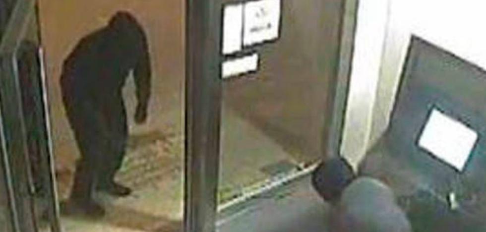 Desarticulan una banda que robaba cajeros automáticos que hacían explotar con gases