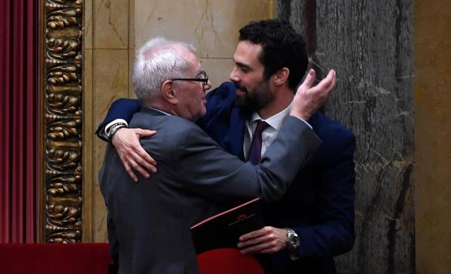 ERC advierte a Puigdemont: «El país está por encima de cualquier persona»